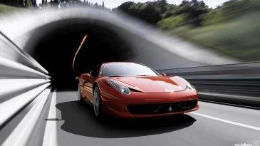 Review Ferrari 458 Italia 2010 : Tampil Mewah Desain Aerodinamis