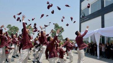 Cetak SDM Berkualitas, 63 Siswa Lulus Dari Toyota Indonesia Academy