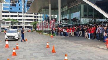 Daihatsu Auto Clinic 2019 Jadi Sarana Edukasi Komunitas Mobil Daihatsu di Tangerang