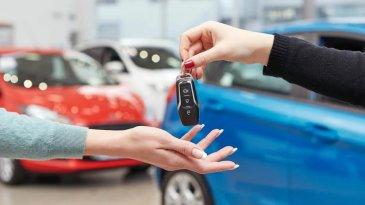 Penjualan Mobil Dalam Negeri Turun Lagi di Bulan November