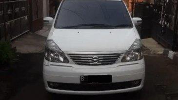Review Nissan Serena 2012 : Mobil MPV Boxy Interior Luas