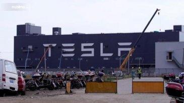 Kurang Dari Setahun, Produksi Tesla Model 3 Di China Menjadi Yang Tercepat