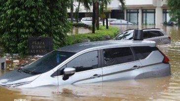 Konsumen DFSK Terdampak Banjir, Lebih Tenang Dengan Diskon Biaya Servis Mobil DFSK