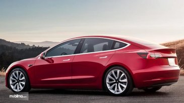 Tesla Menantang Para Hacker, Bobol Sistem Keamanan Model 3 Ada Hadiah Miliaran