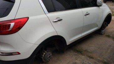 Volkswagen Heran Pencuri Indonesia Terlalu Kreatif Sasar Ban dan Pelek Mobil