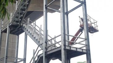Diundur, Target Pembangunan 8 Tangga Darurat Jalan Tol Layang Jakarta-Cikampek Selesai Akhir Februari