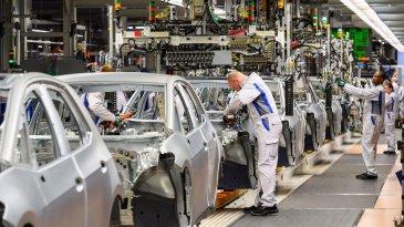 Corona Makin Merajalela, VW Hentikan Produksi di Eropa