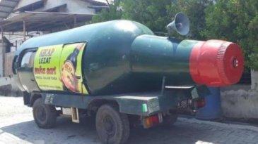 Mobil Bentuk Botol Kecap, Mobil Unik Hasil Modifikasi Pria Asal Semarang