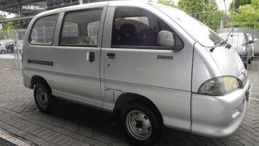 Review Daihatsu Espass 2005: Mobil Minibus Interior Lega Harga Terjangkau