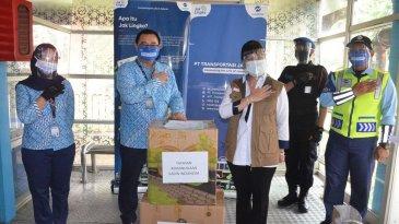 Transjakarta Terima Bantuan 2000 Face Shield Dari Kadin