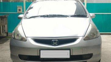 Review Honda Jazz i-DSI 2004: Mobil Hatchback Cocok Untuk Anak Muda
