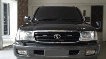 Spesifikasi Mobil Toyota Land Cruiser VX100 2002: SUV 7 Penumpang Handal Dan Mewah