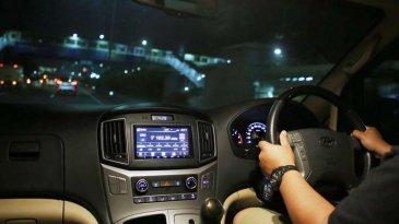 Tips Mengemudi Mobil Jarak Jauh Di Malam Hari Supaya Aman