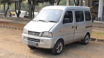 Spesifikasi Mobil Suzuki Every 2004 : Kabin Nyaman Dengan AC Sampai Baris Ke-3