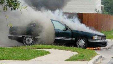 Mesin Mobil Overheat Di Jalan? Ini Langkah Awal Perlu Dilakukan
