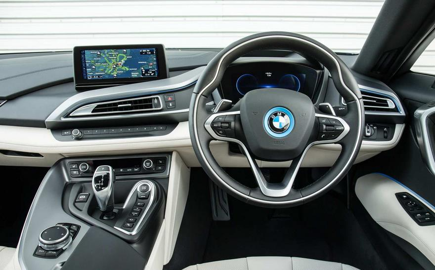 Bmw I8 Samakah Dengan Mobil Biasa