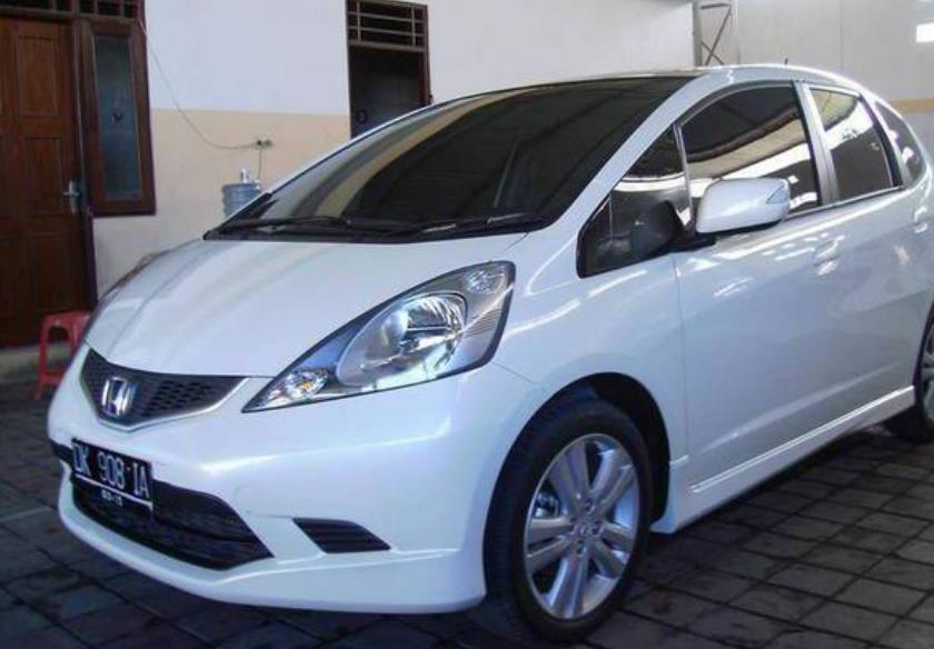 Harga Bekas Honda Jazz Tahun 2010 2013 Mobil Cocok Untuk Anak Muda
